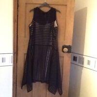Ladies Evening/Party Dress Autograph by M&S Black Size 18 BNWT