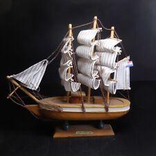 Maquette bateau voilier 3 mats CROATIA marron blanc marine navigation N7312