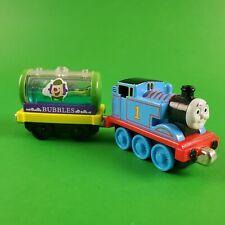 Thomas & Friends take n play trains Thomas and Liquid Bubble Tanker 2009 RARE