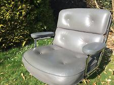 VITRA EA 104 LIFE Lobby-Chair - Leder, Hydraulik, 5-Stern; Color64:Zement; Knoll