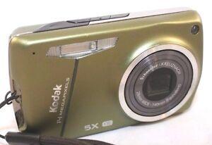 Kodak Digital Camera EasyShare 575 5X IS Green 15MP USED 3107