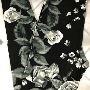 NWT PLUS SIZE Beautiful Floral Leggings Buttery Soft TC Black White