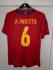 SPAIN ADIDAS A.INIESTA #6 HOME FOOTBALL SHIRT - 2011/12 -MEDIUM - BNWT NEW- K120