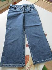 Damenjeans 3/4 Größe 36 Farbe blau 98% Baumwolle 2% Elasthan Reißverschluss