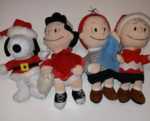 Applause Peanuts Christmas Plush Charlie Brown Snoopy Linus And Lucy Santa Hat