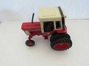 VINAGE1976 ERTL IH INTERNATIONAL 1586 TRACTOR DUALS RED POWER 1/16 FARM TOY