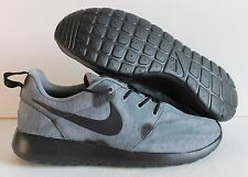 NIKE MEN ROSHE RUN ID ROSHERUN GRAY CAMO/BLACK  SZ 8.5 [704691-995]