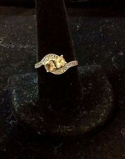 VINTAGE 10K YELLOW GOLD TOPAZ AND DIAMOND RING SIZE 9