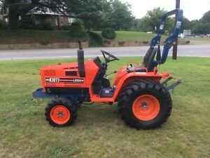 Nice Kioti LB1914 4X4 Tractor with Only 306 Hours