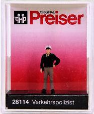 Preiser 28114 (H0) - Verkehrspolizist / German traffic policeman