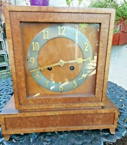 Vintage Art Deco Mantle Clock Wood Working Strikes half and hour