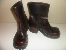 Xhilaration dark brown ankle boots size 6 M
