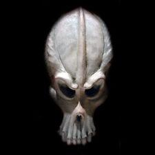 Alien Skull plaque