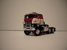 DCP 1/64 RED WHITE AND BLACK INTERNATIONAL TRANSTAR COE
