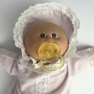 Vtg 1982 Coleco CABBAGE PATCH KIDS Bald Premmie Baby Doll w/ Christening Gown