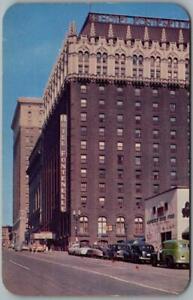 Omaha, Nebraska Postcard HOTEL FONTENELLE Street Scene c1950s Chrome Unused