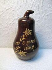 """Ancienne tirelire en terre cuite vernissée ( Poire) : """" Les 2 Alpes 1650 M. """""""