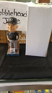 <NEVER RELEASED VERSION> BRUCE FROEMMING LAKESHORE CHINOOKS BREWERS BOBBLEHEAD