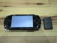 Sony PSP 1000 Console Piano Black w/battery Pack Japan o708