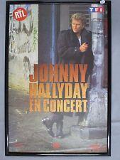 Y901 AFFICHE ENCADREE JOHNNY HALLYDAY EN CONCERT MERCURY CAMUS ET CAMUS SYGMA
