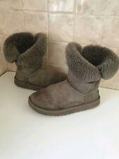 Women's UGG Australia Bailey Button Grey Sheepskin Boots: Size UK 5.5 (Eur 38)