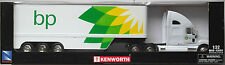"NewRay - Kenworth T2000 Sattelzug / Truck / LKW weiß ""bp"" 1:32 / Spur 1 Neu/OVP"