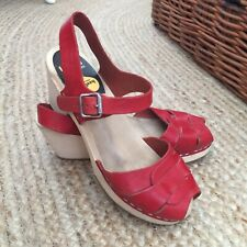 Swedish Hasbeens Red Leather & Wooden Sole Clog Sandals - Size EUR 39 / UK 6