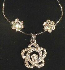 parure bijou neuf coffret noir collier fleur boucles d'oreille cristal diamant