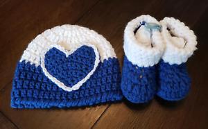 Newborn baby hat bootie set blue white heart gift present handmade