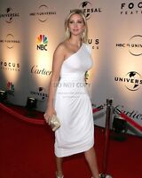 IVANKA TRUMP @ NBC/UNIVERSAL GOLDEN GLOBE AFTER PARTY 2007 - 8X10 PHOTO (AB-358)