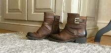 WOMENS CLARKS brown full leather buckle biker ankle boots size 4E