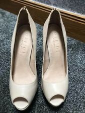 nude high heels size 8
