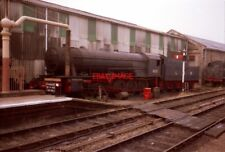 PHOTO  RIDDLES 'AUSTERITY' 2-10-0 WD600 'GORDON' SITS AT THE SIDE OF BRIDGNORTH