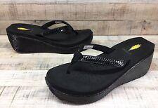 Volatile Black Patent Snake Wedge Thong Sandals Women's sz 9