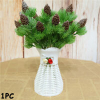 Rami di pino cedro finto artificiale con pigne per la festa di Natale IT