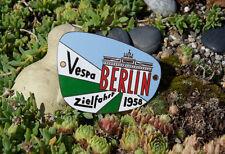 Bella vecchia SMALTO AUTO SCOOTER PLACCA # VESPA CLUB VIAGGIO obiettivo Berlino 1958