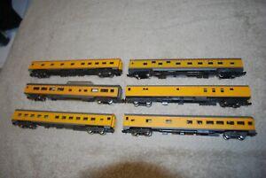 lot of 6 Atlas  Rivarossi /Con-Cor  LIGHTED  UP  Passenger cars