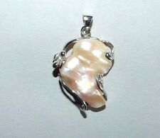 18 CARAT WHITE GOLD PLATED PENDANT WITH HUGE BAROQUE PEARL. BRIDAL.