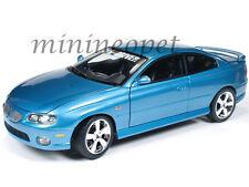 AUTOWORLD AMM1025 2004 04 PONTIAC GTO 1/18 CAR & DRIVER MAGAZINE DIECAST BLUE