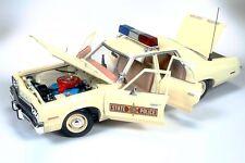 ERTL COLLECTIBLES 1974 DODGE MONACO ILLINOIS STATE POLICE 1/18  AMM1019