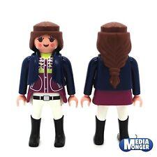 playmobil® Reiterhof: Frau | Reiterin | Pferdewirtin in Weste mit langem Haar