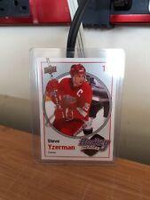 Steve Yzerman Autographed Upper Deck Hockey Card No COA
