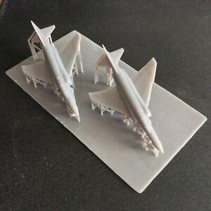 Pack of 2 F-4E Phantom   Resin 1:300 Scale