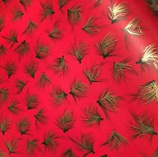 Vtg Christmas Wrapping Paper Gift Wrap 2 Yards Pine Nettles Gold Green On Red