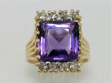 Antiker Ring 750 Gelbgold  18K Gold großer Amethyst  8 Diamantrosen