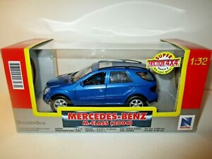 MERCEDES BENZ M-CLASS 2006 NEW-RAY SCALA 1:32
