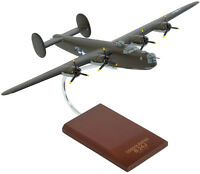 USAF Consolidated B-24J Liberator Olive Desk Display 1/72 WW2 Model ES Airplane