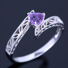 Solid 18K White Gold Party Gemstone Ring  Trillion Amethyst 0.23CT Simple Style