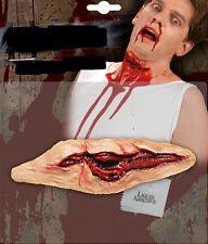 Kehlenschnitt, geschnittene Kehle, künstliche Verletzung Wunde Halloween Horror