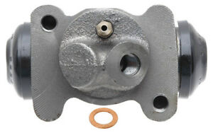 Frt Right Wheel Cylinder  Raybestos  WC8380